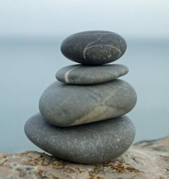 relajacion equilibrio mojon de agua salada