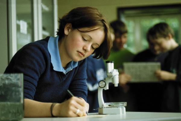 educacion femenino concentracion adolescente biologia despliegue