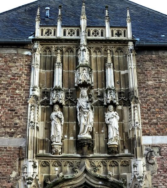 historico iglesia ciudad famoso catedral entrada