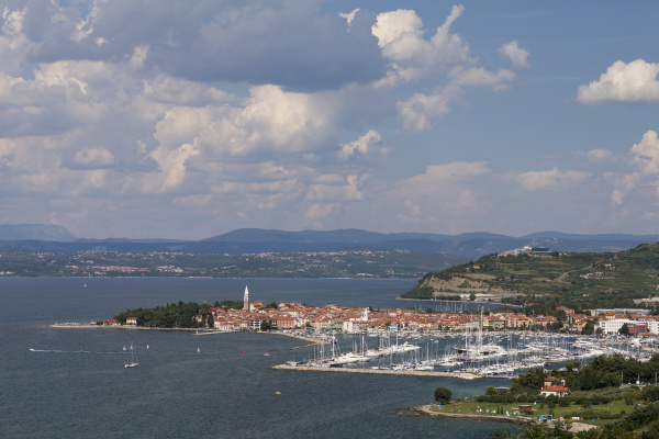 ciudad casco antiguo europa de agua
