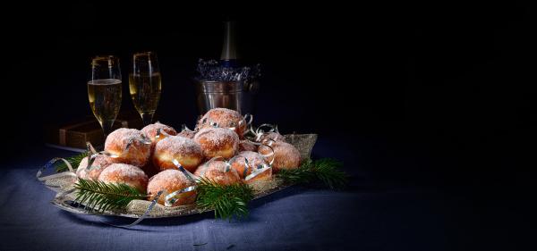 finos donuts berlineses con relleno de