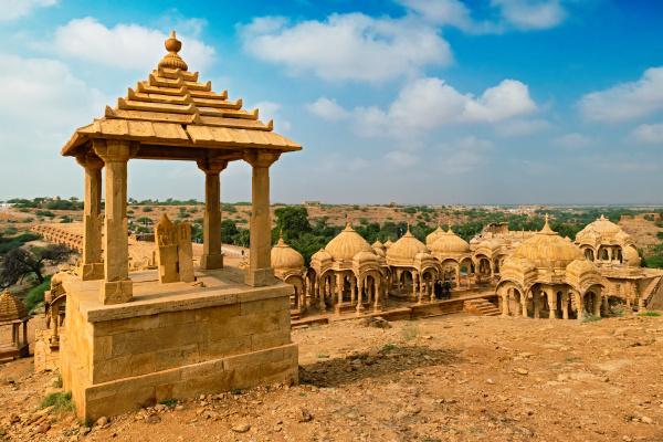 bada, bagh, cenotaphs, hindu, tomb, mausoleum - 28478427