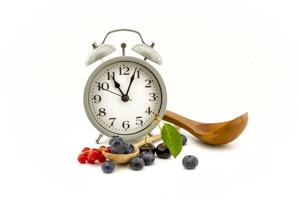 bodegón, culinario, con, reloj, cuchara, y, bayas - 29443486