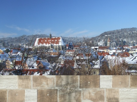 schwaebisch hall panorama del invierno