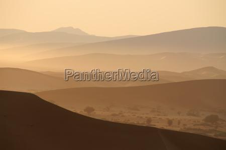montanyas desierto africa namibia neblina contra