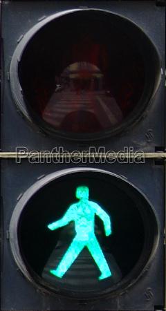 traffic light green fussgaenger 3
