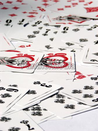 juego juega dama cruz lio kartenspiel