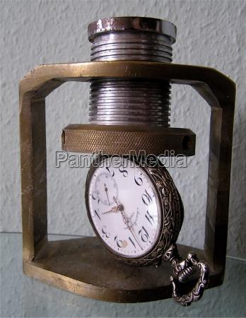 herramienta reloj tiempo jefe la presion