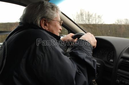 automovilismo edad