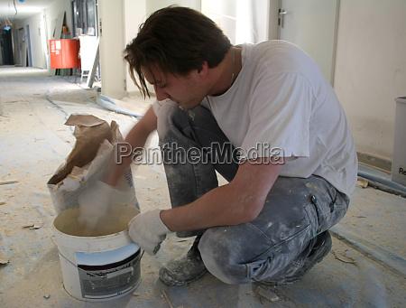 mezcla de constructores secos con yeso