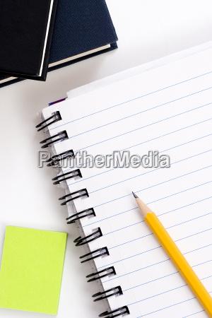 lapiz en el cuaderno