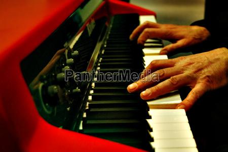 mano manos musica radio tremolo rock