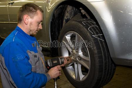 perfil rueda coche carro vehiculo transporte