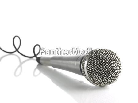 microfono con cable rizado