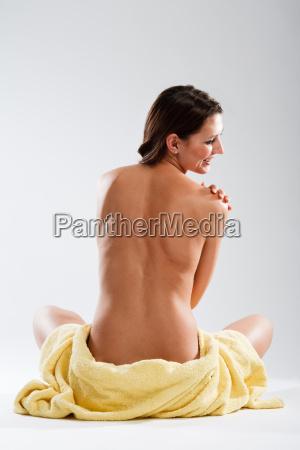 mujer sentir parte superior del cuerpo