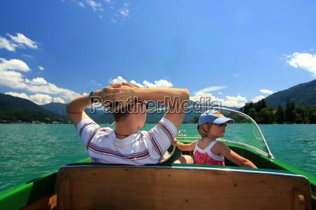 navegacion en barco padre e hija