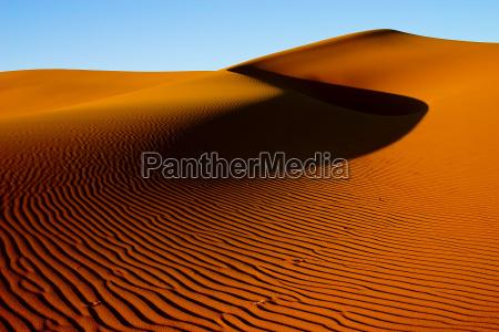 dunas de arena dorada