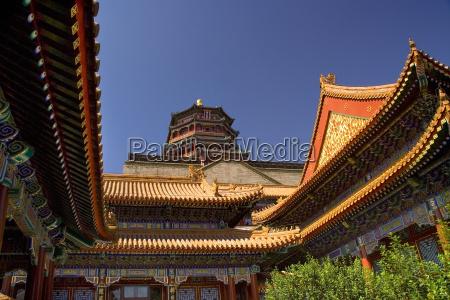 palacio de verano azul claro del