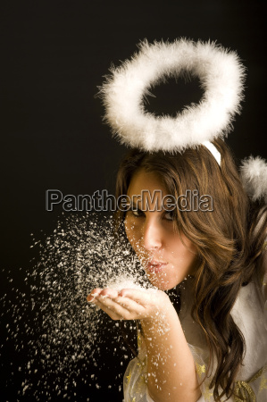 mujer golpe burbujas angel los angeles