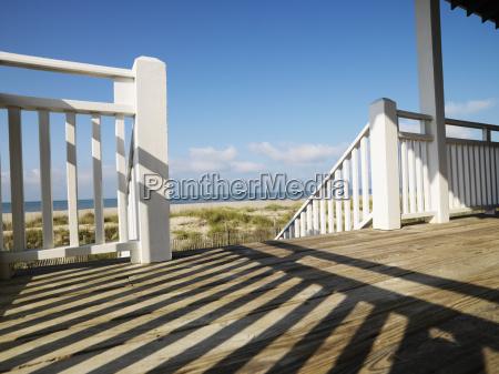 portico en la costa