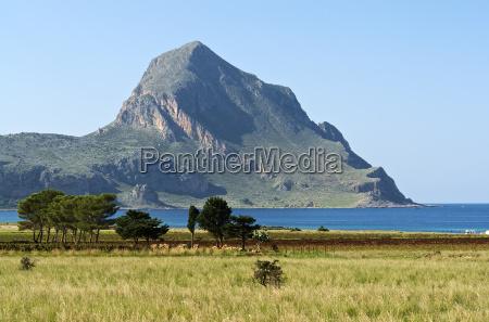 fiesta vacaciones europa sicilia montanya paisaje