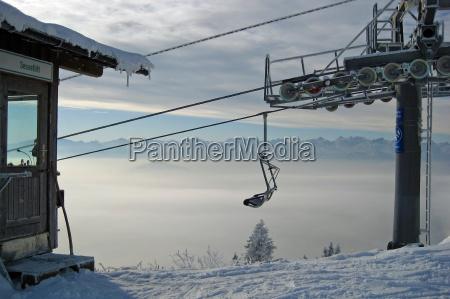 turismo telesilla pueblo montanya