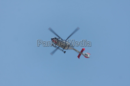 vuelo helice helicoptero policia volar moscas