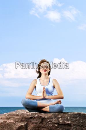 al aire libre fuera yoga ninya