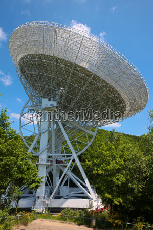 radiotelescopio en el eifel