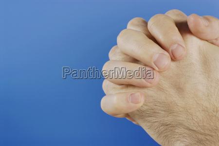 gesticular gesto azul personas gente hombre