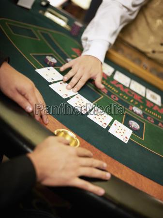 personas gente hombre hombres juego juega