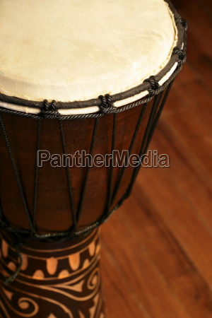 djembe tambor africano