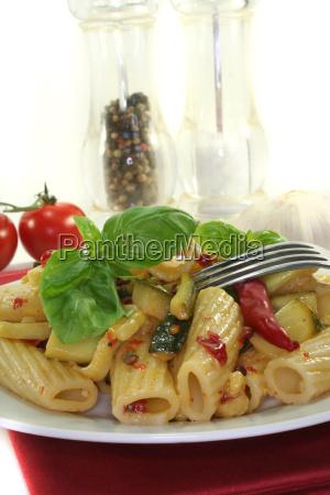 tortiglione with fiery chili and zuccini