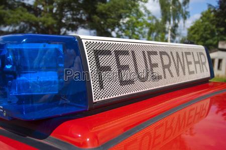 emergencia cuerpo de bomberos ayuda