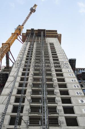 construir hormigon nuevo edificio construccion grua