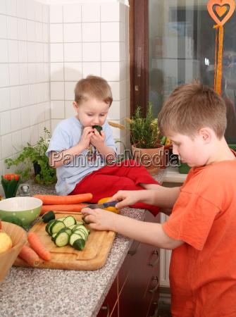 fruta hermano vegetal ninyos chicos cortar