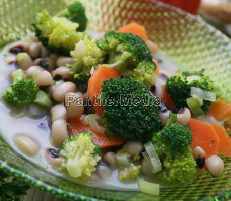 comida vitamina vitaminas frijoles vegetal sopa