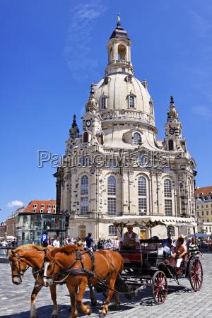 iglesia monumento caballo caballos alemania sajonia