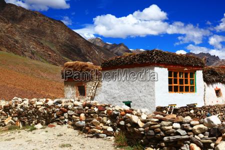 traditional housezanskar valleyindia