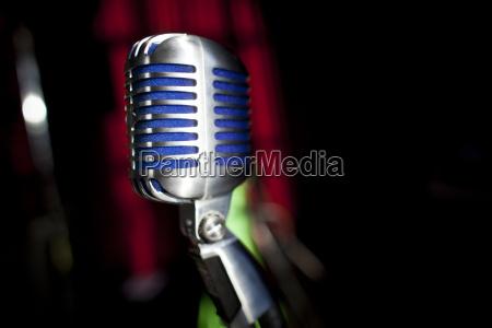 concierto evento cantante etapa microfono