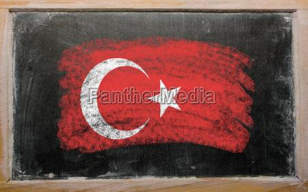 bandera de turquia en pizarra pintada