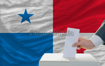 man voting on elections in panama