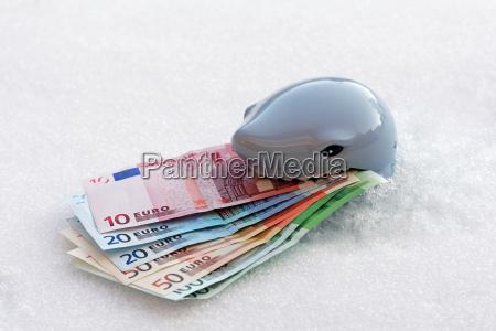 poner el euro en espera
