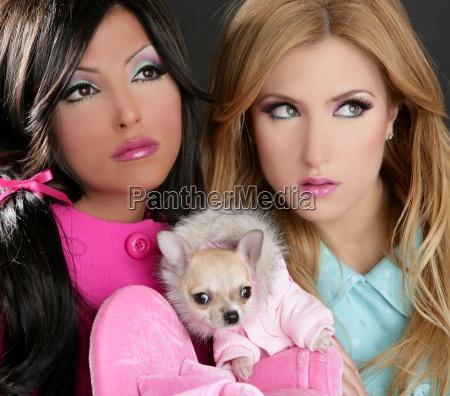 munyeca de moda mujeres con perro