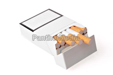 cigarrillo caja pecho adicto humo blanco