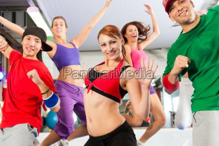 mujer deporte deportes gimnasia bailar bailando