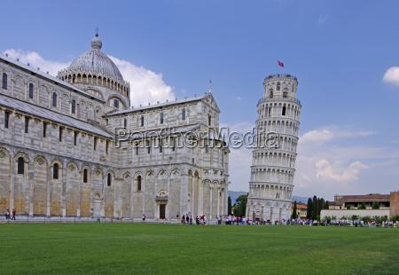 pisa catedral con torre inclinada