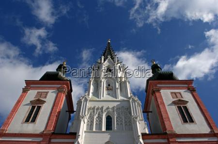 iglesia peregrinacion campanarios