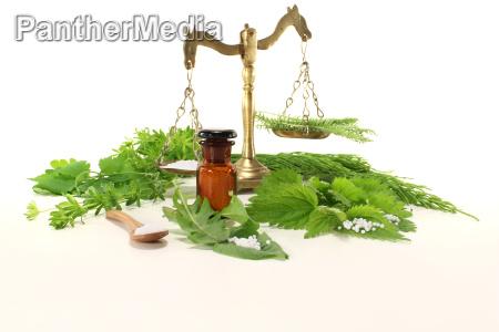 produccion botella homeopatia medicina farmaceutico homeopatico