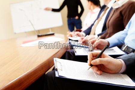 estudio personas gente hombre nota seminario